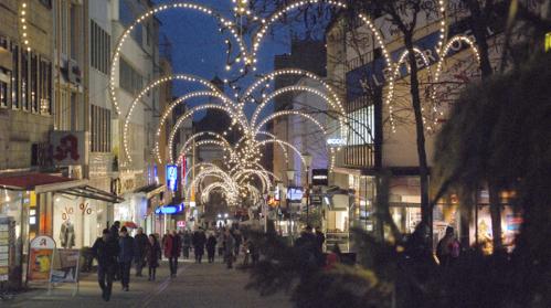 Weihnachtlicher Lichterglanz im Quartier