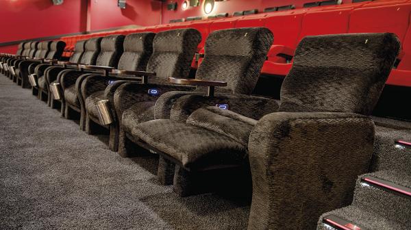 Luxuriöser Sitzkomfort im Cineplex Capitol in Kassel