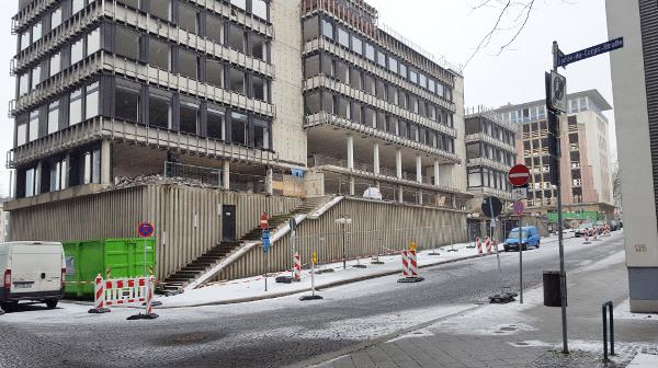 Umbau Kirchenbank: Ständeplatz wird aufgewertet