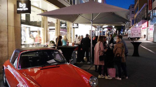 Schillernder Hotspot für Porsche-Fans