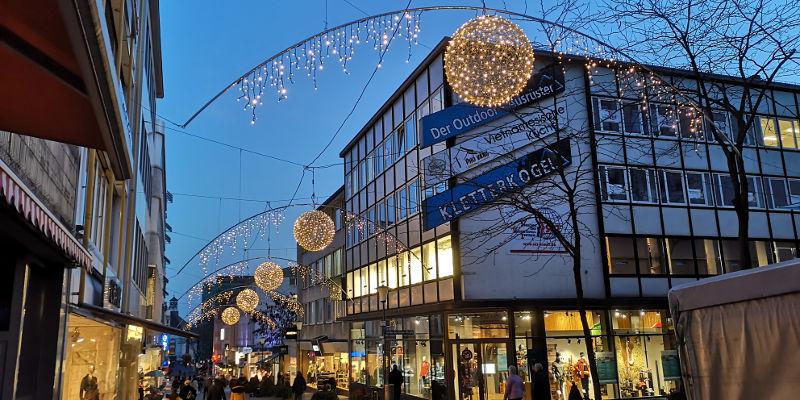 Die neue Weihnachtsbeleuchtung im Quartier Wilhelmsstraße